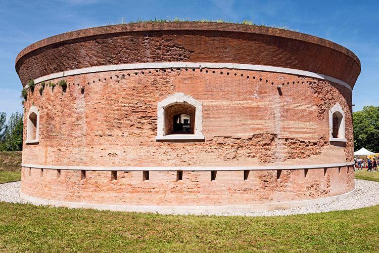 isola_di_santerasmo_venezia_-_torre_massimiliana